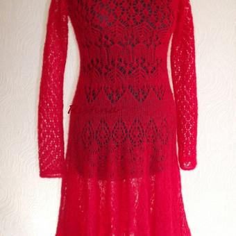 Moherinė suknelė.