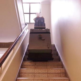 Sunkių seifų užnešimas spec . technika iki 600kg. www.ProfessionalMoving.lt