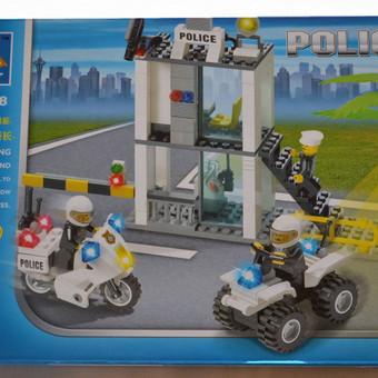 Konstruktorių Policija sudaro 193 detalių. Tinka jungiant su Lego kaladėlėmis. Išradingi vaikai sugalvoja daug įvairių žaidimo statybos variantų.http://www.noriuzaisliuko.lt/lavinamieji-zais ...