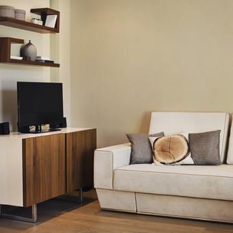 Kompaktiškas butas Palangoje, skirtas šeimos poilsiui. Daugiau apie šį projektą čia:  http://www.manonamai.lt/mano-namai/butai/60-kvm-butas-palangoje-proporciju-ir-detaliu-derme.d?id=69328868