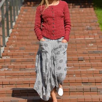 lininis sijonas ir lininis švarkelis