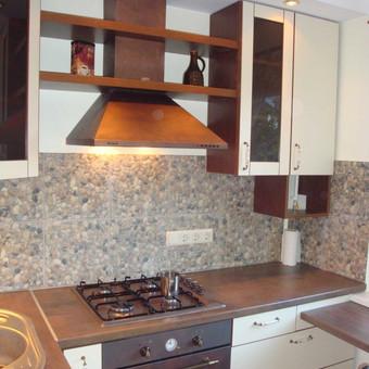 Daugiabučio virtuvė I (5 kv. m)