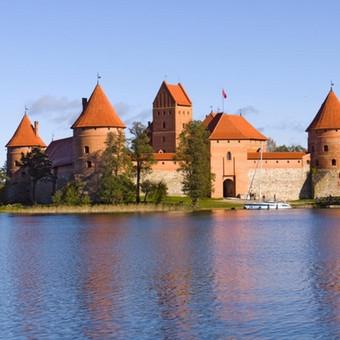 Gidas ir kelionių vadovas Vilniuje ir Baltijos regione / Petras Staselis / Darbų pavyzdys ID 55282