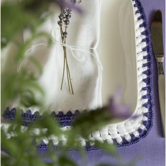 Levanda. Servetėlė.Polėkštė.Staltiesė Viskas pagaminta iš lietuviško lino ir trikotažinių siūlų.
