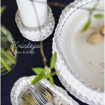 Stalo dekoravimui įvairiausi pasirinkimai...Nuo stalo įrankių, lėkščių krepšelių; Padėkliukų/Popuodelių; Polėkščių; Lininių staltiesių, servetėlių...iki visokių smulkmenų, kurio ...