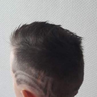 Plataus profilio kirpėja stilistė Vilnius / Franciska Bumbul / Darbų pavyzdys ID 389919