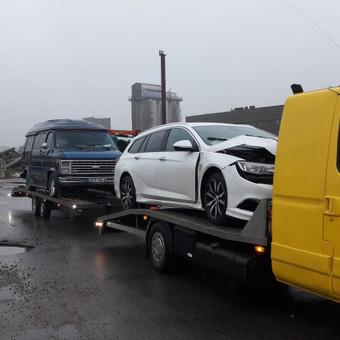 Traliuku vežame nuo 1 iki 3 Auto. Technine pagalba kelyje. / MB Dolausa / Darbų pavyzdys ID 392475
