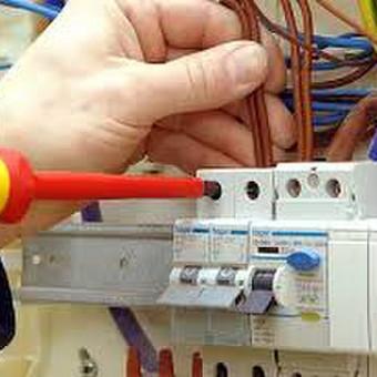 Elektros instaliacijos, remonto ir priežiūros darbai / UAB ,,Servisas verslui / Darbų pavyzdys ID 398775