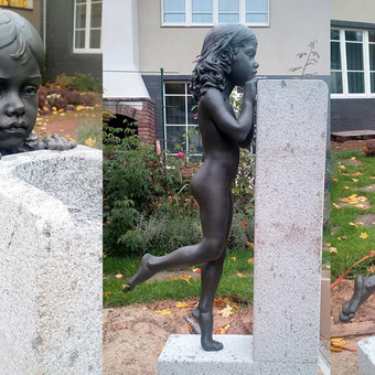 Fontano skulptūra. Žalvaris, granitas. Aukštis - 120 cm, Vilnius