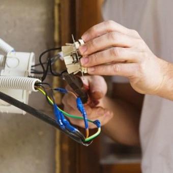 """Kvalifikuoti elektros instaliacijos darbai / UAB """"GIMINIJA"""" / Darbų pavyzdys ID 409741"""