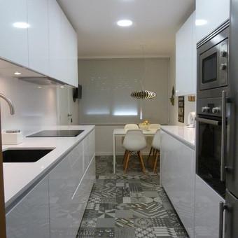 """Virtuvės baldai. Vonios baldai. Akmuo. UAB """"Forestė"""" / Dizainerė Audronė Baldai-Interjeras / Darbų pavyzdys ID 411603"""