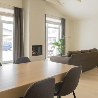 Šiltas modernus interjeras / Gitana Valavičiūtė / Darbų pavyzdys ID 413875