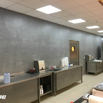 ULTRATOP LOFT cementinė dekoratyvinė grindų/sienų danga . RIMI parduotuvės, visa Lietuva. http://www.velvemst.lt/uploads/Brochure_Ultratop_Loft_LT_web.pdf