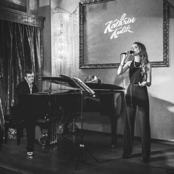 Muzikantė, atlikėja, profesionali dainininkė Kathrin Kulik / Kathrin Kulik / Darbų pavyzdys ID 64740