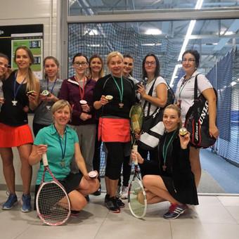 Grupinės moterų lauko teniso treniruotės Vilniuje / Juste Kubiliute / Darbų pavyzdys ID 425297