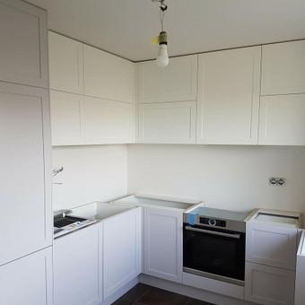 Artėjame prie galutinio virtuvės interjero kūrimo rezultato.