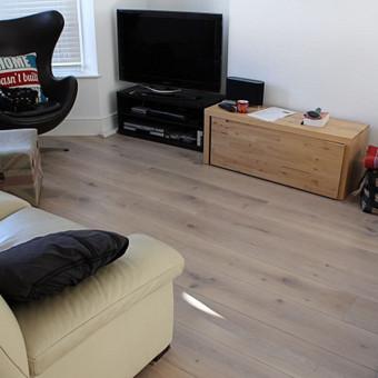 Klojame parketą, parketlentes, laminuotas grindis. / Tomas Kasiulynas / Darbų pavyzdys ID 429657