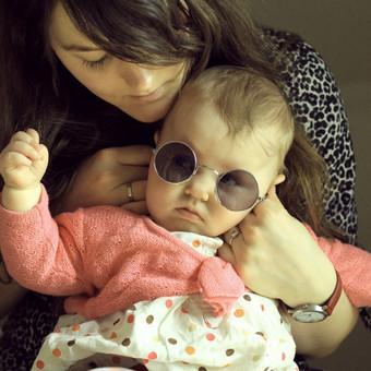 Austėja su mažąja Adele