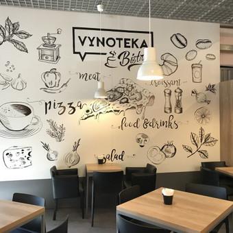 Vynoteka Bistro kavinės sienos dekoravimas