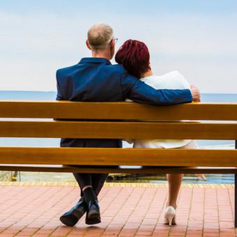 """""""Mylėti ir būti mylimam reiškia jausti saulę iš abiejų pusių"""". David Viscott"""