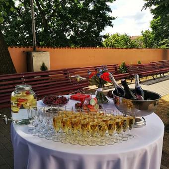Šampano staliukas, gėlių fotosienos švenčių dekoracijų nuoma / Jurga / Darbų pavyzdys ID 453401
