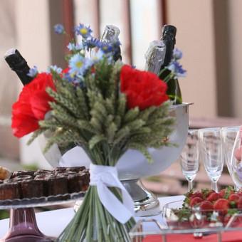 Šampano staliukas, gėlių fotosienos švenčių dekoracijų nuoma / Jurga / Darbų pavyzdys ID 453403