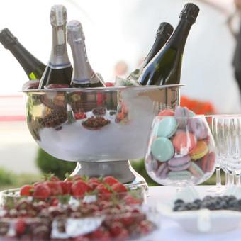 Šampano staliukas, gėlių fotosienos švenčių dekoracijų nuoma / Jurga / Darbų pavyzdys ID 453405