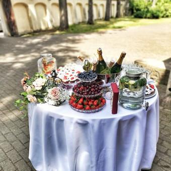Šampano staliukas, gėlių fotosienos švenčių dekoracijų nuoma / Jurga / Darbų pavyzdys ID 453411