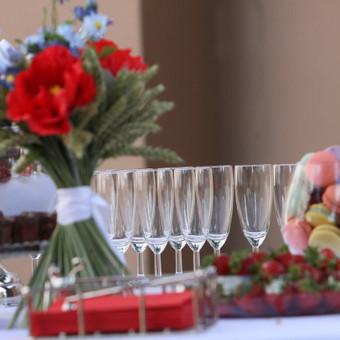 Šampano staliukas, gėlių fotosienos švenčių dekoracijų nuoma / Jurga / Darbų pavyzdys ID 453431
