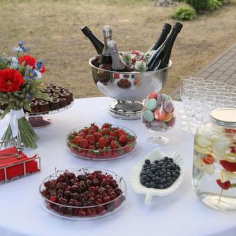 Šampano staliukas, gėlių fotosienos švenčių dekoracijų nuoma / Jurga / Darbų pavyzdys ID 453433