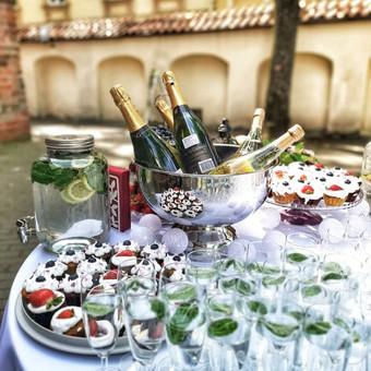 Šampano staliukas, gėlių fotosienos švenčių dekoracijų nuoma / Jurga / Darbų pavyzdys ID 453437