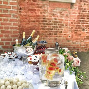 Šampano staliukas, gėlių fotosienos švenčių dekoracijų nuoma / Jurga / Darbų pavyzdys ID 453439