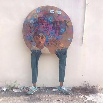 Gatvės meno objektas, mišri technika.