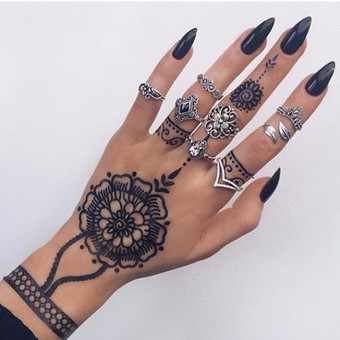 Henna tatuiruotes / Leo Pievoriunas / Darbų pavyzdys ID 459519
