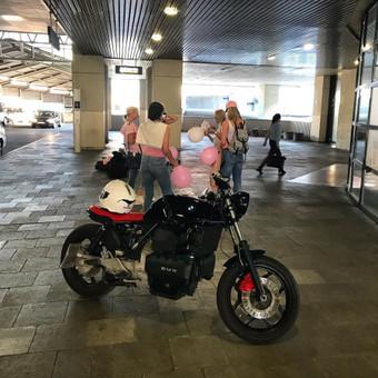 Jaunosios pavežimas motociklu / Dėl motociklo / Darbų pavyzdys ID 463139