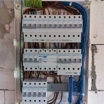 Pilnas buto,namo elektros instaliacijos įrengimas.