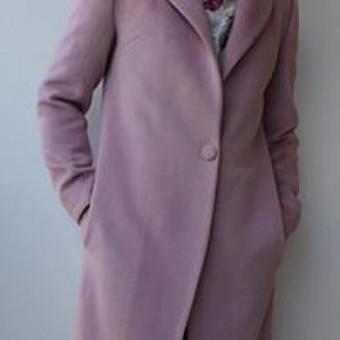Minkštas, švelnus, subtilus, kokybiškos medžiagos paltas, tikriausiai kiekvienos moters svajonė?