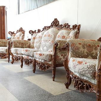 Rokoko stiliaus baldai / Odinė Sofa / Darbų pavyzdys ID 468981