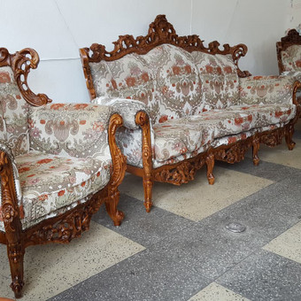 Rokoko stiliaus baldai / Odinė Sofa / Darbų pavyzdys ID 468989