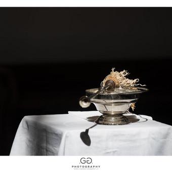 Vestuvių fotografija susidaro ir iš mažų detalių.