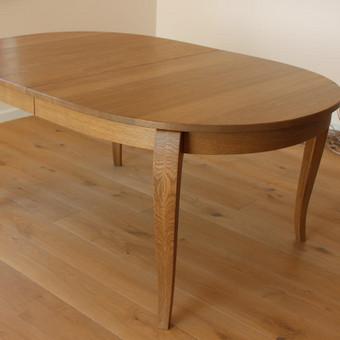 Masyvo stalai iš uosio ar ąžuolo. 868680612