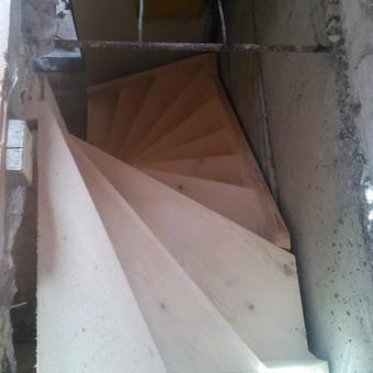 Laiptai pagaminti objekte