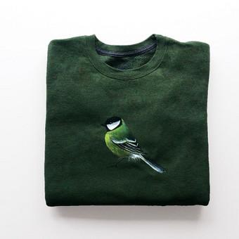 Rankų darbo paveikslais dekoruotas džemperis - vienetinis.