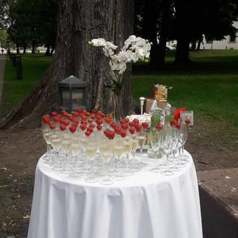 """Elegantiškas šampano staliukas po ceremonijos / UAB """"Star Constellation"""" / Darbų pavyzdys ID 487085"""