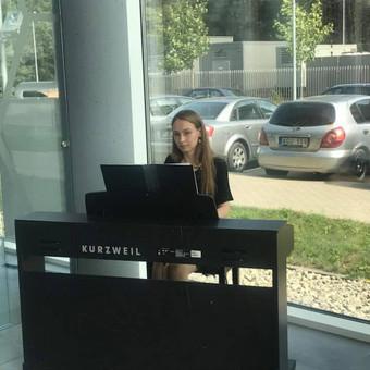 Pianistė Justė Kazakevičiūtė / Justė Kazakevičiūtė / Darbų pavyzdys ID 490157