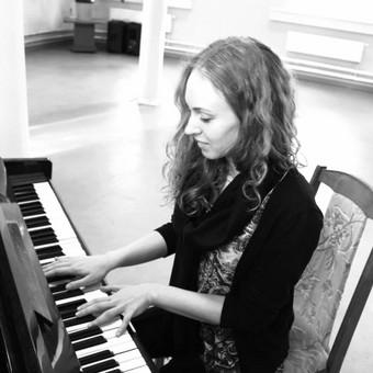 Pianistė Justė Kazakevičiūtė / Justė Kazakevičiūtė / Darbų pavyzdys ID 490159