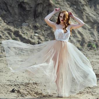 Vestuvinė suknelė. Siuvama pagal Jūsų išmatavimus. Puošta nėriniais, tiulio sijonas.