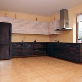Virtuvė MANO su originaliais ergonomiškais fasadais