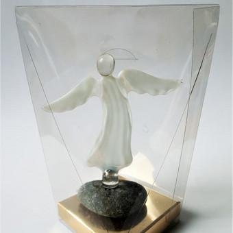 Angelas dėžutėje
