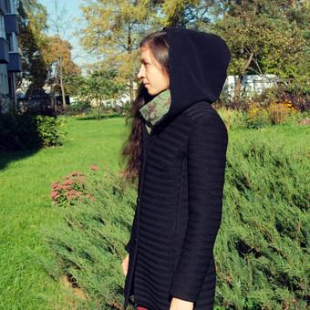 Moteriškas paltas #2. S dydis, su kapišonu.